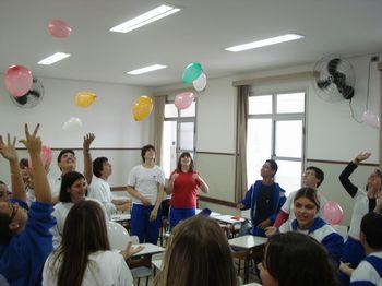 Bexigas na sala de aula