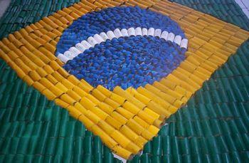 Bandeira do Brasil - papelao